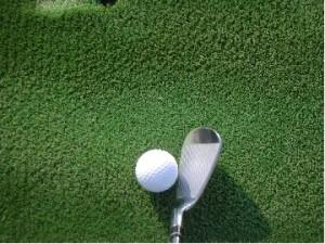ゴルフ 初心者 アイアン 飛ばない