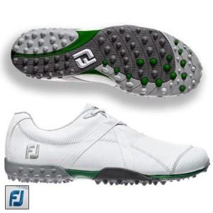ゴルフ 打ちっぱなし 靴 おすすめ