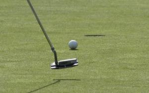 ゴルフ パッティング 距離感 練習